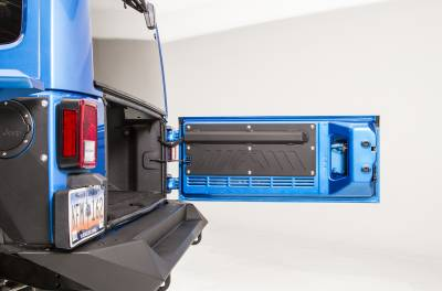 Extreme Duty - Accessories / Recovery - Fab Fours - REAR DOOR PLATE