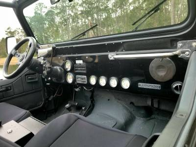 SOLD Jeep Wrangler YJ - Image 4